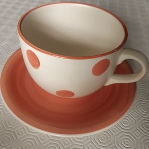 2/25$*******Large ceramic mug and saucer made in Italyd